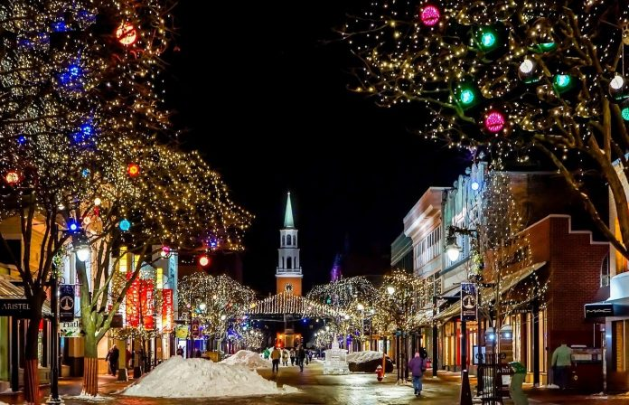 'Accessible Christmas': An Application That Allows Blind People to Enjoy Christmas Lights