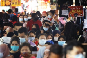 Under Threat of Increased COVID-19 Restrictions, Vaccination Rates Surge in Singapore